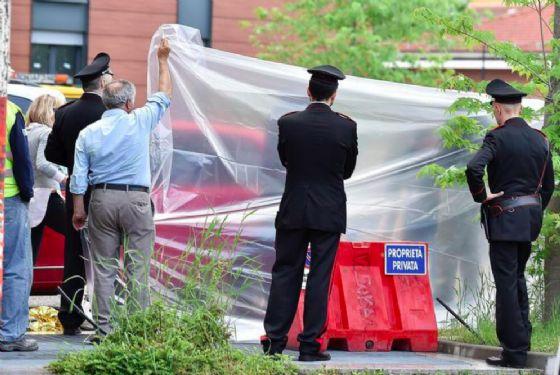 Dramma alle porte di Torino, uomo uccide una donna a colpi di pistola
