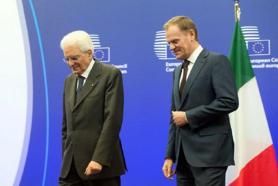 Il presidente della Repubblica Sergio Mattarella con il presidente del Consiglio Europeo Donald Tusk