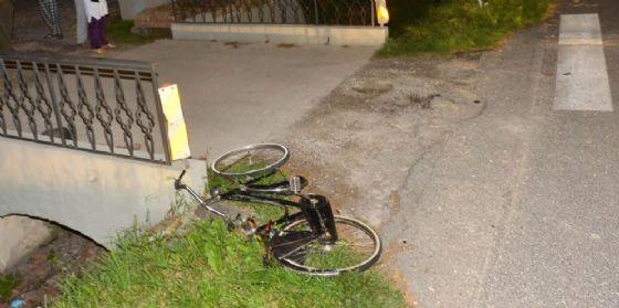 Udine, ciclista 47enne travolto e ucciso da un furgone