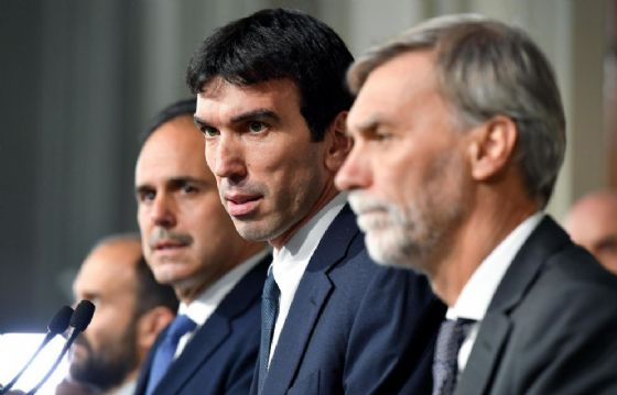 Governo: Martina, programma Lega-M5s da 65-100 mld è rischio