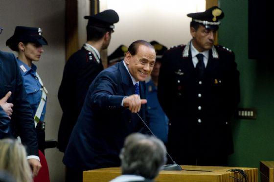 Silvio Berlusconi nel tribunale di Napoli