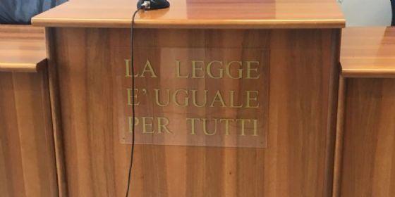 Forlì, sedicenne suicida: spunta il video testamento ai genitori che li incrimina