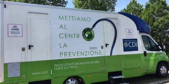 """Parte il """"Giro della salute"""": il Centro Diagnostico Italiano segue il Giro a San Vito al Tagliamento e Tolmezzo (© Centro Diagnostico Italiano)"""
