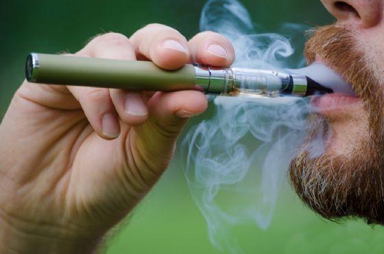 Florida, gli esplode sigaretta elettronica in faccia e muore
