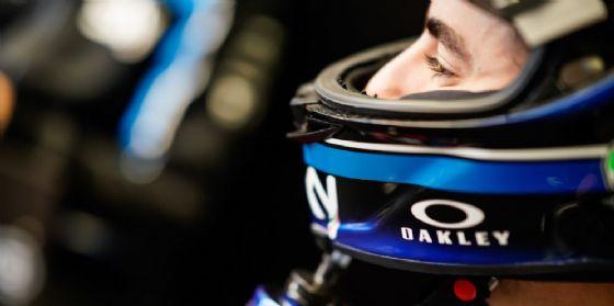 Francesco Bagnaia nel box del team Sky Vr46