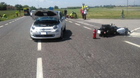 Scontro auto-moto a Cividale: due persone ferite