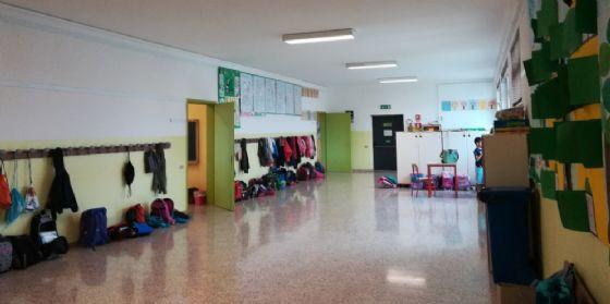 Edifici scolastici: interventi di ritinteggiatura alla scuola primaria De Amicis