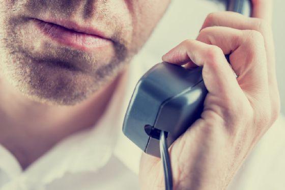 Ubriaco tiene occupato il centralino del 112 per ore (© Shutterstock.com)