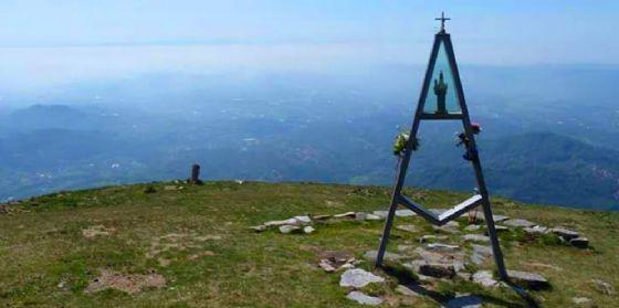 I sentieri del Biellese: quattro passi sul Monte Cucco