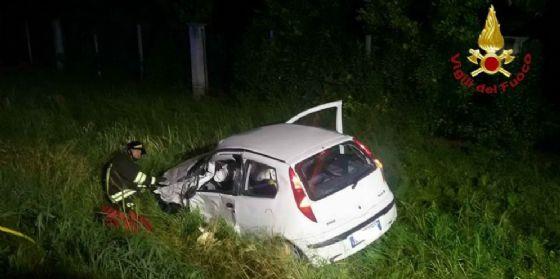 Fontanafredda: scontro tra tre auto nella notte