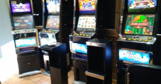 Sala Giochi Torino : Maxi multa per una sala giochi di via nizza oltre mila euro di