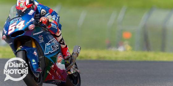 Mattia Pasini in sella alla moto del team Italtrans in Moto2 nelle qualifiche del GP del Mugello