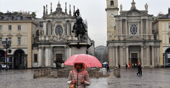 Pioggia a Torino (© ANSA)