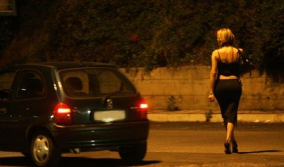 Acido su una prostituta