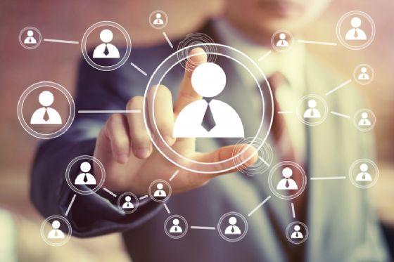 Social Media e impresa al Sella Lab (© MaximP - shutterstock.com)