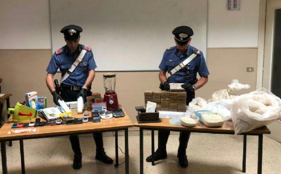 La droga sequestrata dai carabinieri (© Carabinieri)