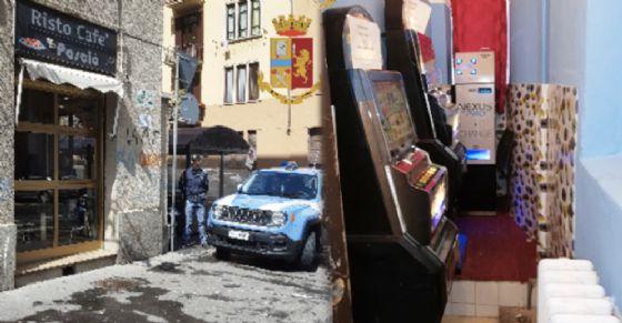 Nel bar Pascià di via Nizza tornano le slot machine illegali: sanzionato titolare cinese (© Polizia)