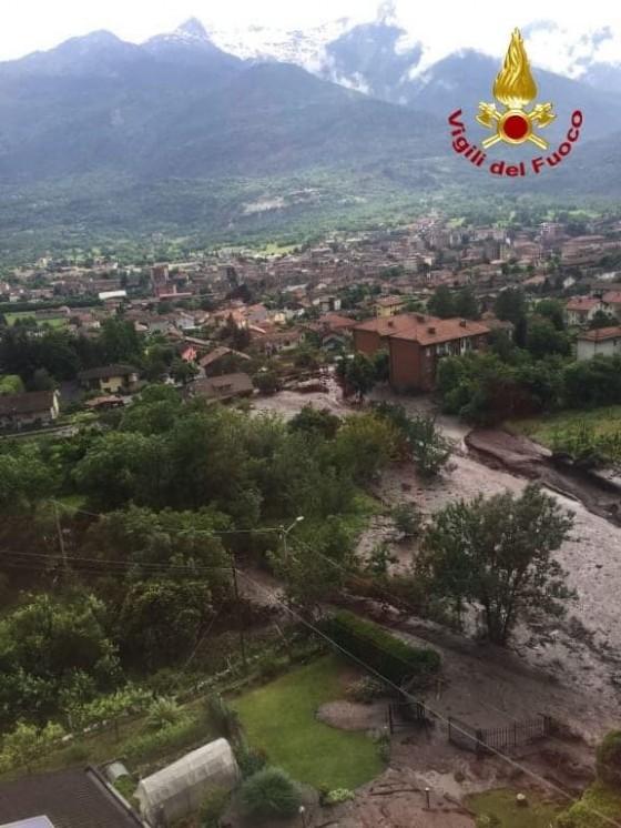 Maltempo, una frana travolge le case: situazione drammatica a Bussoleno