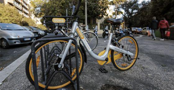 Torino viaggia su due ruote: in arrivo 1300 stalli per le bici in tutta la città