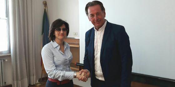 Incontro tra l'attuale assessore regionale all'Ambiente, Fabio Scoccimarro, e il precedente Sara Vito