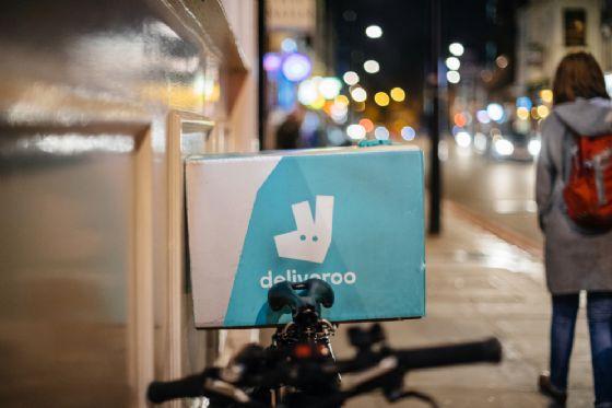 Deliveroo lancia marketplace+