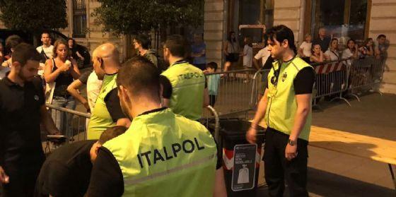 Trieste, sfonda transenne Electric Run: denunciato