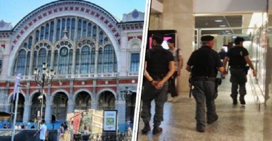 Prendono il treno per andare al rave party, a Porta Nuova trovano la polizia: 50 identificati