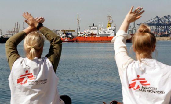 Primo gruppo di migranti arrivati a Valencia