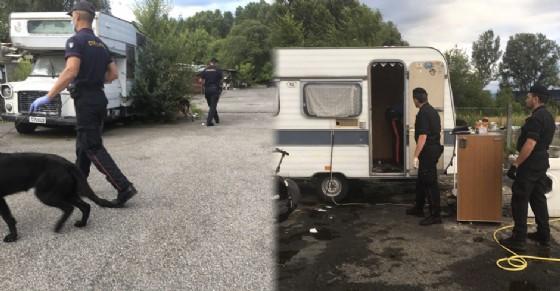 Blitz al campo nomadi di strada Aeroporto: cento carabinieri in azione, scattano gli arresti