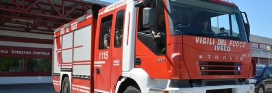 Scoppia un incendio in casa: muore 90enne