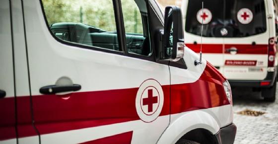 Grave scontro tra due auto alle porte di Venaria: due donne ferite