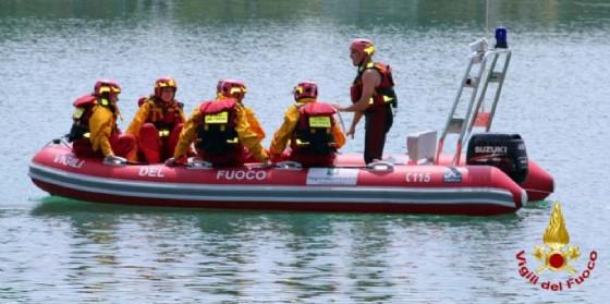 Imbarcazione in panne nella laguna di Grado e Marano: intervento dei Vigili del Fuoco
