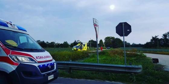 Grave incidente auto contro moto a Ronchi: 34enne in pericolo di vita