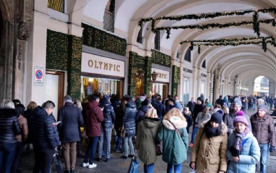 Olympic «addio» a Torino: i negozi di piazza San Carlo chiuderanno