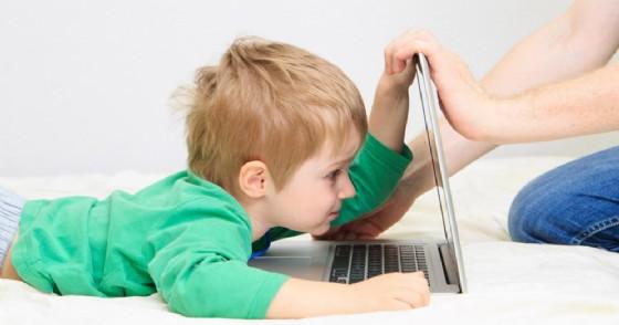 Cosa cercano i bambini online?