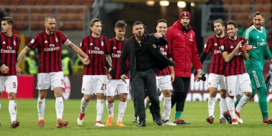 La gioia del Milan dopo una vittoria