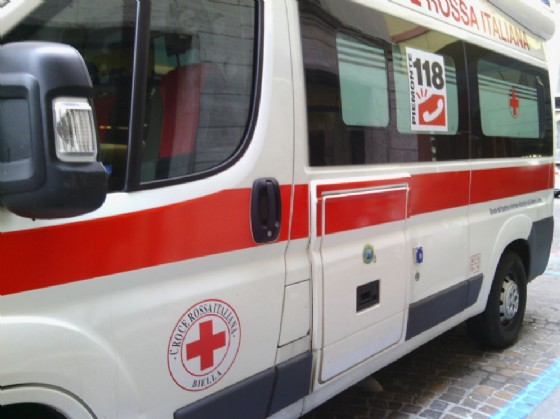 Paura a Cossato: automobilista ferita in uno scontro