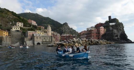 Corsia marina fra Vernazza e Monterosso. Ottocento metri dedicati a nuoto e snorkeling