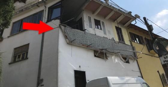 Il terrazzo caduto a Trana