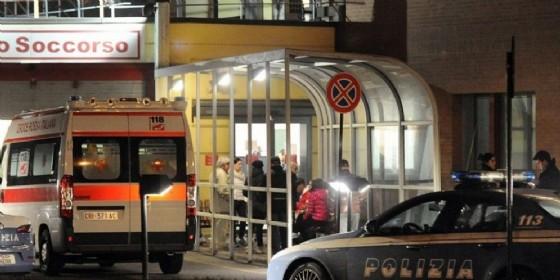 Corso Vercelli, tremendo scontro tra auto e moto: biker grave in ospedale