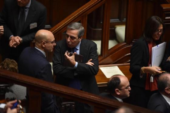Maurizio Gasparri di Forza Italia con Nicola Latorre del PD