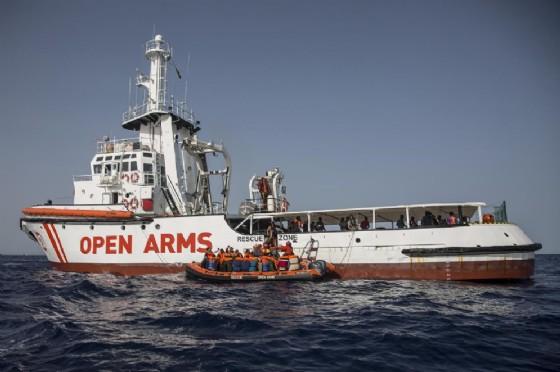Un'imbarcazione di Open Arms