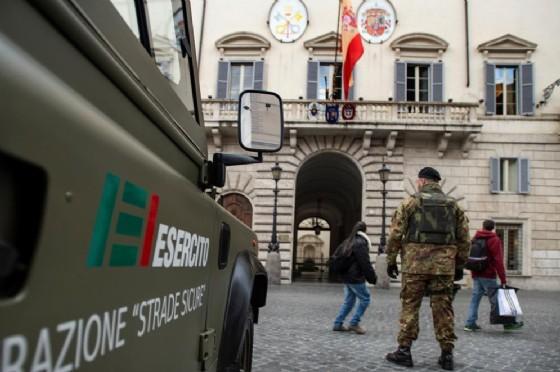 Militari impegnati nell'operazione 'Strade sicure'