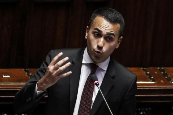 Luigi Di Maio, vicepremier e ministro del Lavoro e dello Sviluppo Economico, durante la discussione del decreto diginità