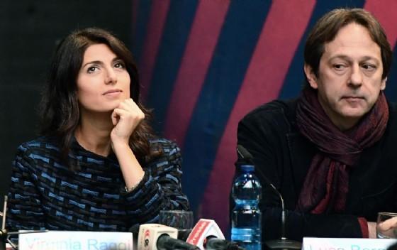 Virginia Raggi e il vicesindaco Luca Bergamo