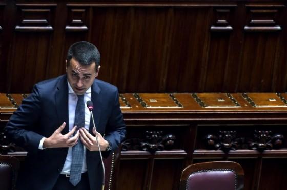 Il ministro del Lavoro, dello Sviluppo economico e vicepremier Luigi Di Maio in aula