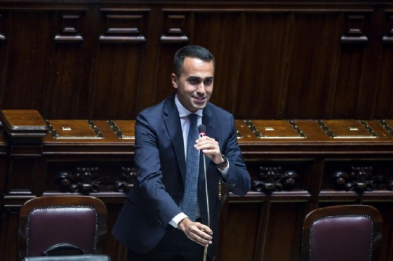 Luigi Di Maio in aula alla Camera