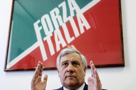 Antonio Tajani, presidente del Parlamento Europeo, durante una conferenza stampa di Forza Italia