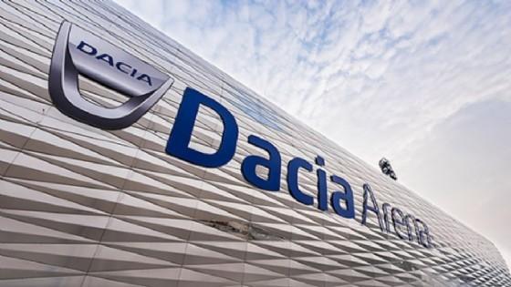 La scritta 'Dacia Arena' va rimossa dallo stadio Friuli