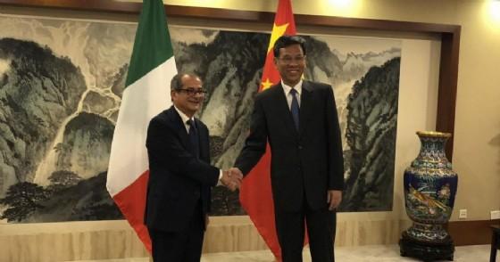 Il ministro dell'Economia Giovanni Tria incontra a Pechino il ministro delle Finanze cinese Liu Kun